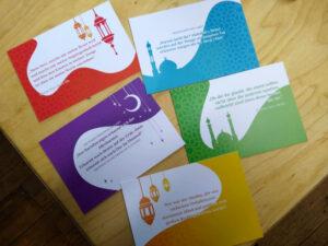 5 Postkarten mit Sprüchen und islamischen Motiven in den Farben der Heldicaps.